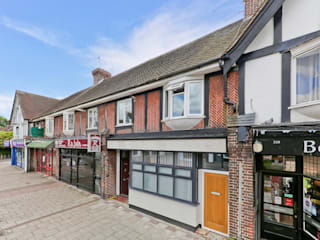 Casas de estilo  por The Market Design & Build