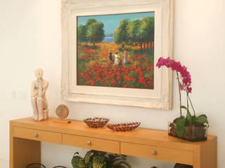 Salones de estilo tropical de Studio Prima Arq & Design Tropical