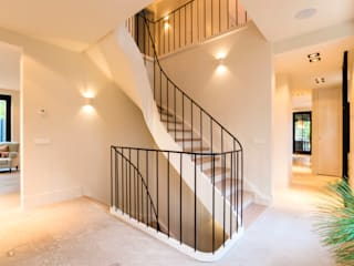 Corridor, hallway by Van Bruchem Staircases & Interiors