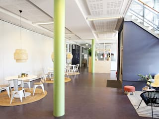 Scuole moderne di Nya Interieurontwerp Moderno
