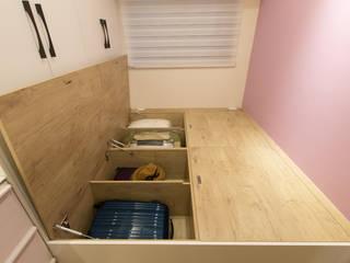 Phòng ngủ phong cách Bắc Âu bởi 淳睦設計‧系統家具 Bắc Âu