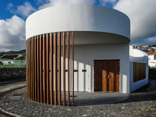 Modern home by RC Consultores Modern