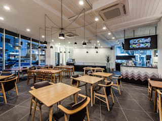 CAFE THE DEEP - BRUNCH & COFFEE (카페 더 딥) by 커스텀 디자인 랩 모던
