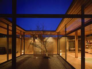 東谷山の住宅 アトリエ環 建築設計事務所 モダンな庭