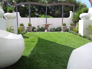Garden by Gorgeous Gardens, Modern