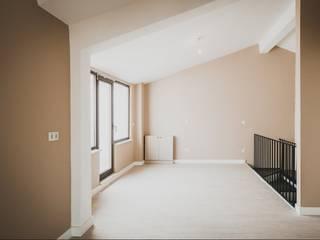 Üst Kat Modern Koridor, Hol & Merdivenler MİMPERA Modern Seramik
