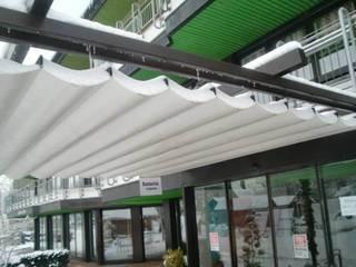 Mester Fenster-Rollladen-Markisen Тераса