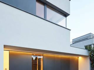 Modern houses by Falke Architekten Modern