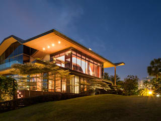 The House of Light at Sentosa Cove Rumah Gaya Asia Oleh E&U Asia