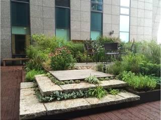 가드닝 프로젝트 - 2014. 아모레퍼시픽 본사옥상정원 아시아스타일 정원 by 가든디자인 뜰(garden design 뜰) 한옥
