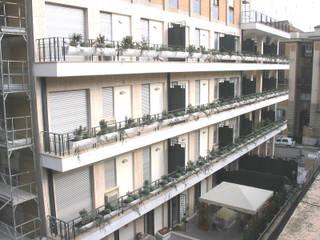 Edificio Via Garigliano Case moderne di Studio Prodomo Moderno