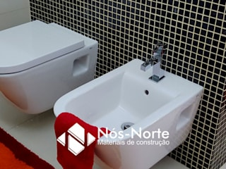 Projeto Final Casa de Banho: Casas de banho modernas por Nós-Norte