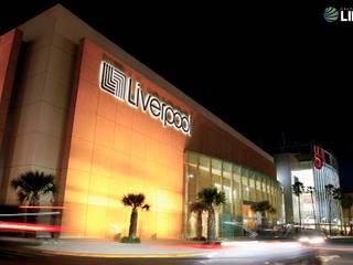 Galerias Guadalajara Exterior: Centros Comerciales de estilo  por Grupo Link