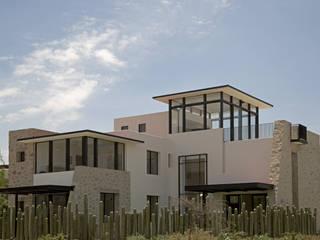 Casa Ventanas SMA: Casas de estilo  por Boué Arquitectos