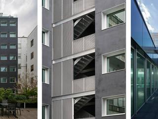 Edificio de Oficinas O´Donnell 12 Puertas y ventanas de estilo moderno de Fenwick Iribarren Architects Moderno