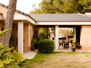 Casa en Calicanto (Chiva-Valencia): Casas de estilo  de navarro+vicedo arquitectura