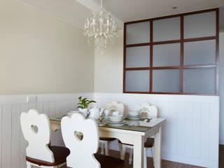 恣意的享受家居生活 弘悅國際室內裝修有限公司 餐廳 玻璃 White