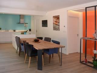 Rénovation d'une maison à Nantes (44) Salle à manger moderne par Anne Wodrascka Moderne