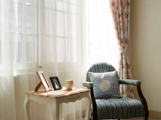 Sunshine 弘悅國際室內裝修有限公司 客廳凳子與椅子 Blue