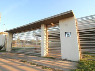 CASA OP - Barrio Patagonia Norte - Ciudad de Bahía Blanca Casas modernas: Ideas, imágenes y decoración de MSA ESTUDIO DE ARQUITECTURA Moderno