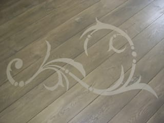 stencilled floor:   by Style Within