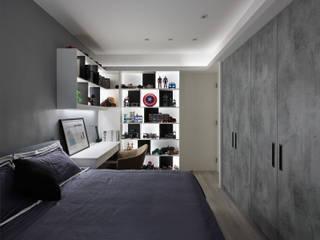 Cuartos de estilo moderno de 大集國際室內裝修設計工程有限公司 Moderno
