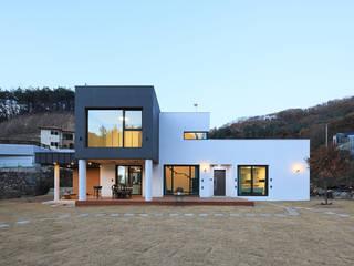 Maisons de style  par 공감로하 건축사사무소