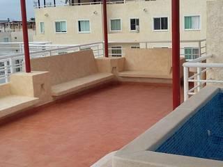 Departamento Ñ-05: Terrazas de estilo  por Maref Arquitectos, Tropical