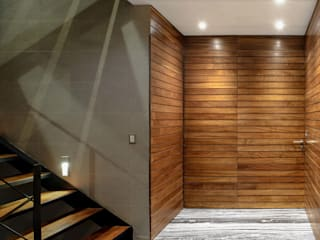 NIVEL TRES ARQUITECTURA Modern corridor, hallway & stairs