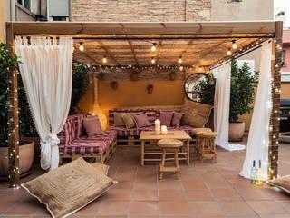 Balkon, Veranda & Terrasse im Landhausstil von idees Disseny Landhaus