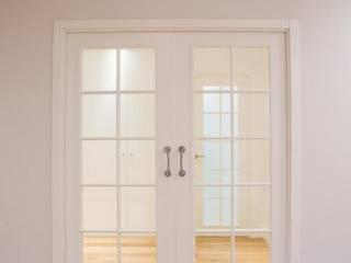 Reformadisimo หน้าต่างและประตูประตู
