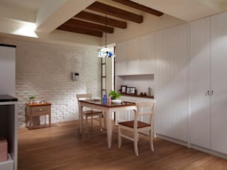 Country style dining room by 弘悅國際室內裝修有限公司 Country