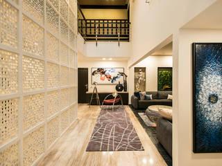 走廊 & 玄關 by Studio An-V-Thot Architects Pvt. Ltd.,