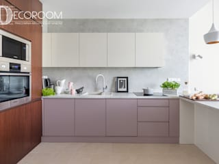 Kitchen by Decoroom, Modern