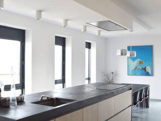 Penthouse Rotterdam:  Keuken door Atelier Perspective Interieurarchitectuur