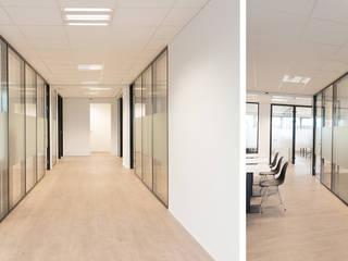 Kantoorruimte Rijswijk:  Kantoor- & winkelruimten door Studio 8791 Interieurarchitecten