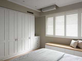 Projekty,  Sypialnia zaprojektowane przez 木皆空間設計