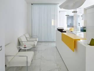 Интерьер офиса в Москве: Офисные помещения в . Автор – Архитектурная студия Чадо