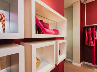 Oficinas y Comercios de estilo  por L+W Arquitetos , Moderno