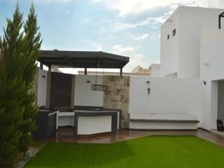 Daniel Teyechea, Arquitectura & Construccion Jardin moderne