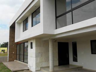 Casas de estilo  por RIVERA ARQUITECTOS