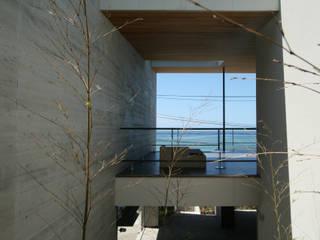 横須賀の週末住宅: 田辺計画工房が手掛けた家です。