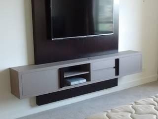 Diseño y fabricación de muebles de Valeria Pires Interiorismo Moderno