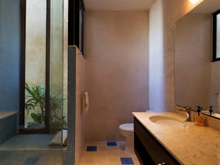 Bathroom by Taller Estilo Arquitectura,