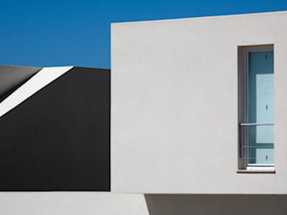 Pormenor - Condomínio Vigias da Arriba: Casas  por A.As, Arquitectos Associados, Lda
