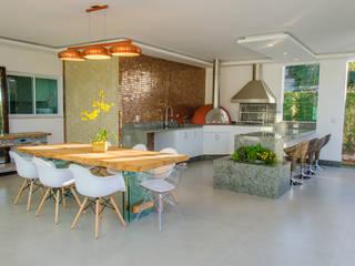 Cucina in stile  di Escritório 238 Arquitetura