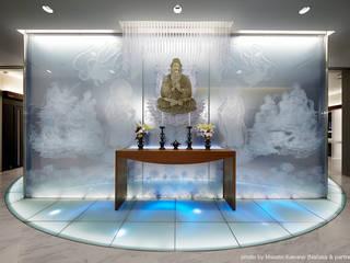 萬松寺 納骨堂「彩蓮」: 藤村デザインスタジオ / FUJIMURA DESIGIN STUDIOが手掛けた商業空間です。