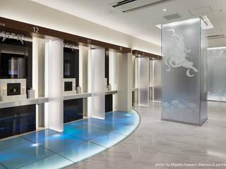 Espaces commerciaux de style  par 藤村デザインスタジオ / FUJIMURA DESIGIN STUDIO,