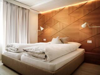 Hotel Restaurant Flaschen │Interior Architecture │Interior Design:  Hotels von rossana mingrone innenarchitektur