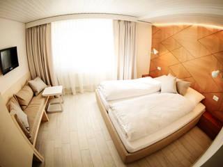 Hotel Restaurant Flaschen │Interior Architecture │Interior Design:   von rossana mingrone innenarchitektur